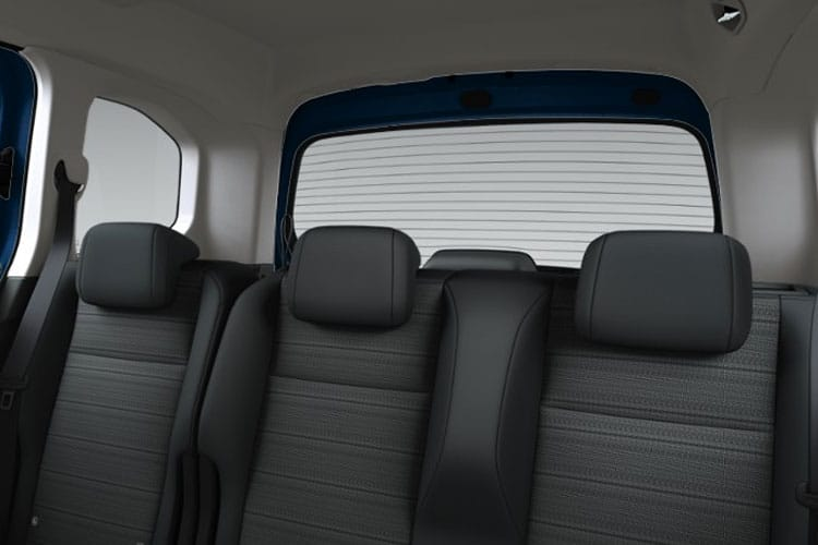 Vauxhall Combo Life MPV 1.5 Turbo D 130PS Elite 5Dr Auto [Start Stop] [7Seat] detail view