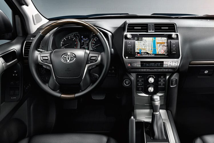 Toyota LandCruiser SUV 4wd 2.8 D 204PS Active 5Dr Auto [Start Stop] [7Seat Navi] inside view