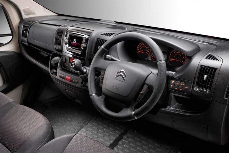 Citroen Relay 35 L3 2.2 BlueHDi FWD 165PS Ready to Run Plus Tipper Double Cab Manual [Start Stop] inside view